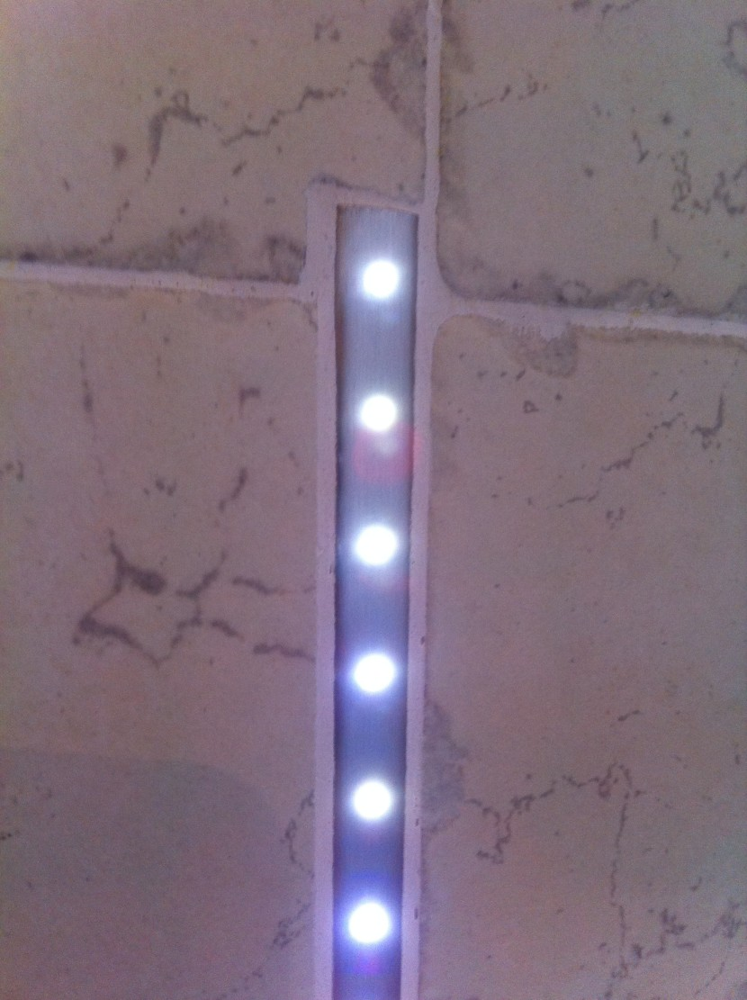 illuminazione led | syntesi di giacobazzi mario - Illuminazione Doccia Con Led